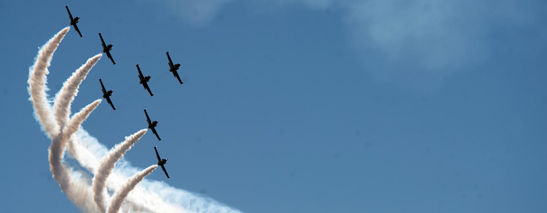 Incentive Jet Flight Formation
